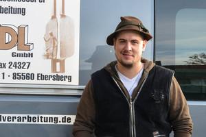 """<div class=""""bildtext"""">Metallbaumeister Stefan Lankus von Metallbau Riedl.</div>"""