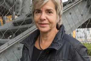 """<div class=""""bildtext"""">Dipl.-Ing. Ulrike Hensel informiert über den zweiten Rettungsweg, für dessen Umsetzung vielfach Treppen genutzt werden.</div>"""