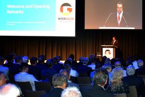 """<div class=""""bildtext"""">Martin Kopf, Präsident der EGGA, eröffnete die Intergalva 2018 in Berlin. Die Messe findet im dreijährigen Turnus statt, der parallel stattfindende Fachkongress zur Oberflächentechnik genießt hohes Renommee.</div>"""