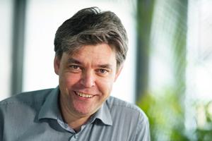 """<div class=""""bildtext"""">Frank Hochuli von der Hochuli Metallbau AG in Wigoltingen im Kanton Thurgau berichtet über den Einsatz von Programmen für die Bauphysik.</div>"""