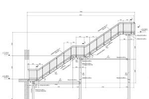 """<div class=""""bildtext"""">In 2D: Die Fluchttreppe im Geschäftshaus MH Müller in Leer: angelegt wie eine Himmelsleiter mit 3 Podesten ca. 1.00 x 1.50 Meter; 2 Treppenläufen und einem Geländer mit einer Füllung aus 12er-Rundstäben.</div>"""