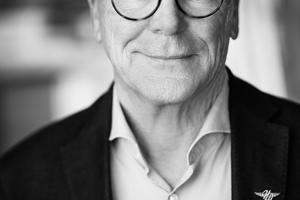 """<div class=""""bildtext"""">Architekt Joachim Schulz gründete 1981 in Berlin die Ingenieur Gesellschaft Schulz und ist seit 25 Jahren Sachverständiger und Autor von Fachbüchern.</div>"""