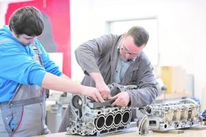 """<div class=""""bildtext"""">Pro Beruf wurden 300 Testungen durchgeführt, auch zum Berufsbild Fachkraft Metalltechnik.</div>"""