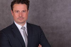 Von Schüco: Dr. Karl Stefan Dewald, Leiter der Business Unit Fassadensysteme.