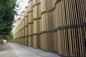 """<div class=""""bildtext"""">Beim Parkhaus am Zoo Leipzig wurde mit Schweißpressrosten aus Stahl eine Welle konstruiert.</div>"""
