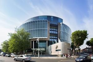 """<div class=""""bildtext"""">Das Feldhaus-Projekt Criminal Court of Justice in Dublin.</div>"""