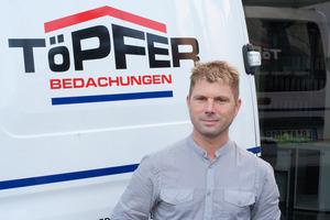 """<div class=""""bildtext"""">Andreas Töpfer schlägt auf seinen Stundenlohn ca. 75 Euro drauf, wenn er mit seiner Wärmebildkamera Aufnahmen machen soll.</div>"""