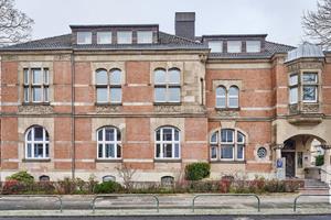 """<div class=""""bildtext"""">Der historische Sitz des Unternehmensverbandes der Metallindustrie in Dortmund wurde modernisiert und in Sachen Brandschutz an aktuelle Vorgaben angepasst.</div>"""