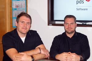 """<div class=""""bildtext"""">Die beiden Geschäftsführer von Schreinerei & Metallbau Wagner mit Standort Niederwürschnitz: v.l. Steve und Sören Wagner.</div>"""