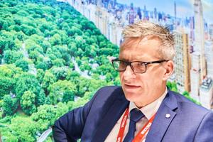 """<div class=""""bildtext"""">Geschäftsführer Dr.-Ing. Werner Jager, langjährig erfahren in Entwicklung und Forschung, ist seit 2019 bei Wicona für das Technische Marketing zuständig.</div>"""