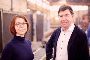 """<div class=""""bildtext"""">Die geschäftsführende Gesellschafterin der Porath Gruppe Nadine Ruelfs und ihr Vater Hans-Jürgen Porath.</div>"""