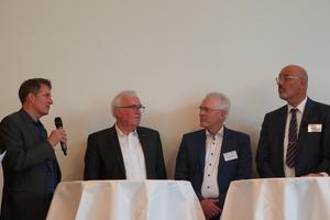 "<div class=""bildtext"">v.l.: Frank Lange, Architekt Christian Simons, Prof. Winfried Heusler, Christian Anders, Prof. Christian Niemöller, VFF-Präsident Detlef Timm.</div>"
