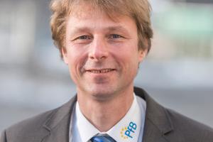 """<div class=""""bildtext"""">PfB Prüfstellenleiter Matthias Demmel aus Rosenheim.</div>"""