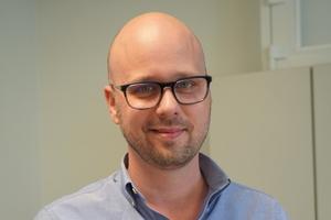 """<div class=""""bildtext"""">Metallbauunternehmer Daniel Smela setzt auf ein modernes Betriebsmanagement.</div>"""