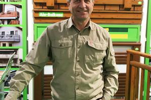 """<div class=""""bildtext"""">Peter Fax ist bei Kaupp Balkone für den Vertrieb Schwaben/Oberbayern verantwortlich.</div>"""