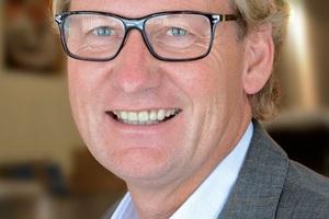 """<div class=""""bildtext"""">André Langer ist bei Husemann &amp; Hücking Werkleiter und u.a. für Vertrieb und Marketing zuständig. </div>"""