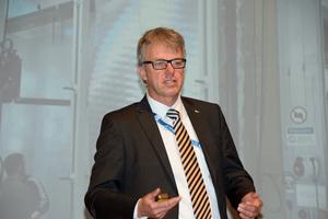 """<div class=""""bildtext"""">Prof. Jörn P. Lass leitet ab 2020 das ift.</div>"""