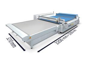 """<div class=""""bildtext"""">Die Lasersysteme bearbeiten großflächige Materialien bis zu 3,20 m Länge und Breite.</div>"""