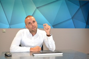 """<div class=""""bildtext"""">Boris Malsy, Geschäftsführer der KM Blechbearbeitung in Seligenstadt.</div>"""