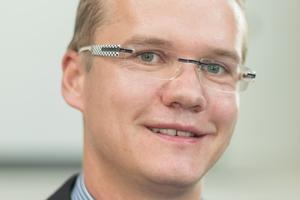 """<div class=""""bildtext"""">Kevin Suplie, Produktmanager Hallenbau bei Goldbeck.</div>"""