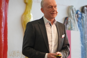 "<div class=""bildtext"">Implenia Geschäftsführer Dr. Matthias Jacob referierte über BIM.</div>"