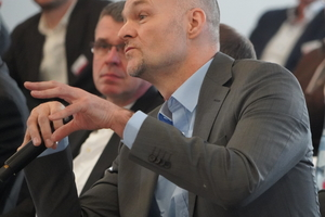 """<div class=""""bildtext"""">Prof. Christian Schuler von der Hochschule München.</div>"""