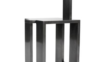Beistelltisch mit Funktion von Quirin Bacher - 1. Preis Metallgestaltung.<br />