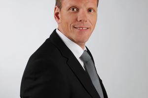 """<div class=""""bildtext"""">Michael Dorré ist Vertriebsleiter bei record Türautomation in Wuppertal. </div>"""