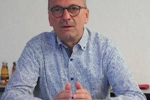 """<div class=""""bildtext"""">Michael Benesch, bei Gutmann Bausysteme für das E-Business zuständig.</div>"""