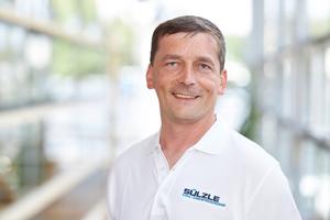 """<div class=""""bildtext"""">Alexander Schröter, Betriebsleiter von Sülzle Stahl Ehrenfriedersdorf.</div>"""