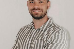 """<div class=""""bildtext"""">Robin Giller, Leiter Marketing und Vertrieb von IQ-Bausystem.</div>"""