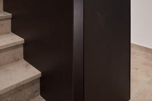 """<div class=""""bildtext"""">Gebogenes, dazu noch unbehandeltes Stahlblech erwies sich für die Bauaufgabe Treppe als ideal.</div>"""