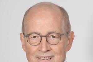 """<div class=""""bildtext"""">Rolf Heddrich, Geschäftsführer bauforumstahl.</div>"""