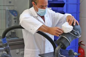 """<div class=""""bildtext"""">Das ift Rosenheim hat sich für die Prüfungen von Atemschutzmasken akkreditiert und konnte so den Engpass bei Prüfkapazitäten verringern.</div>"""