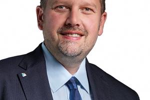 "<div class=""bildtext"">Tobias Wesselow, Coatinc-Geschäftsführer.</div>"