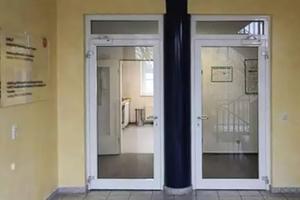 """<div class=""""bildtext"""">Im Bremer Fall waren die Spannungsverhältnisse an den Türen tödlich, als der 53-Jährige auf beide Türklinken griff.</div>"""
