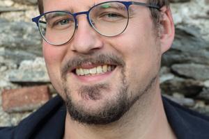 "<div class=""bildtext"">Matthias Gräf.</div>"