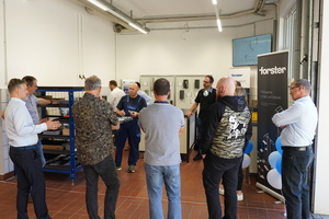 """<div class=""""bildtext"""">Ein erstes Schulungs-Event hat im neuen Forster Trainings-Center in Oberursel bereits stattgefunden.</div>"""