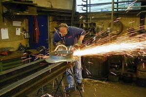 Der Winkelschleifer hat den Praxis-Test der metallbau-Leser mit Bravour bestanden<br />