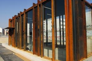 """<div class=""""bildtext"""">Ein Volumen von ca. 500.000 Euro boten die vier Einhausungen der Treppenanlagen zur Parkanlage des neuen städtebaulichen Zentrums in Biel.</div>"""