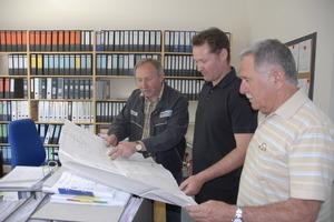 Ein Team (v.l.): Franz Kitzinger, Abteilungsleiter sowie die beiden Geschäftsführer&nbsp;Boris und Siegfried Wölz<br />