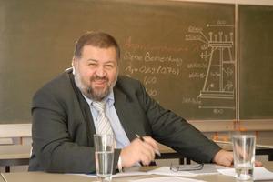 Der Organisator: Prof. Dr.-Ing. Ömer Bucak von der Hochschule München