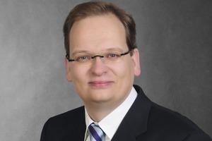 """<div class=""""bildtext"""">Geschäftsführer Thomas Lansing.</div>"""